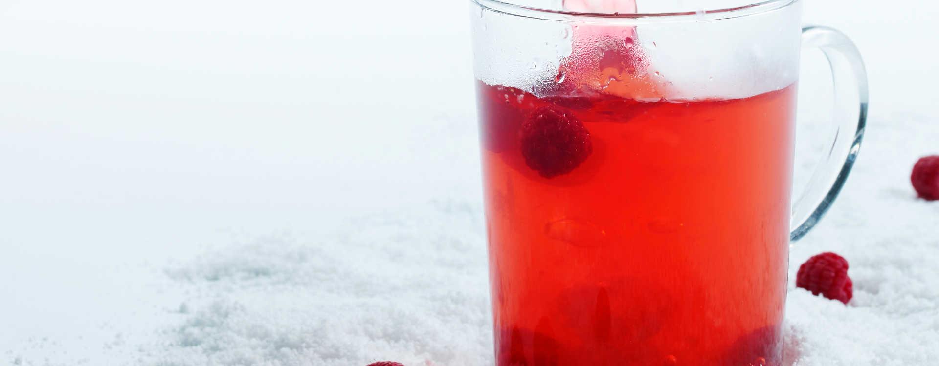 Frukt-te med bringebær