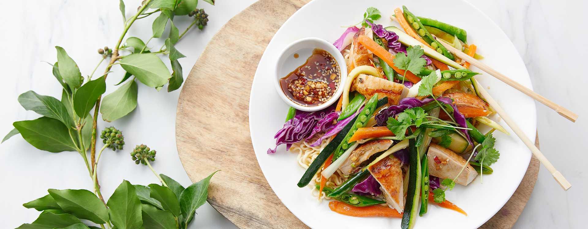 Kalkunwok med grønnsaker