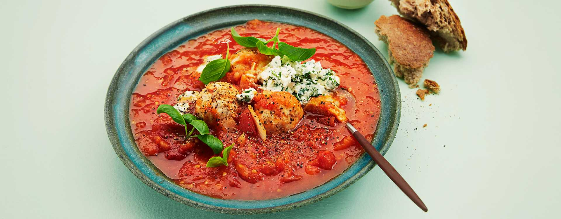 Frisk tomatsuppe