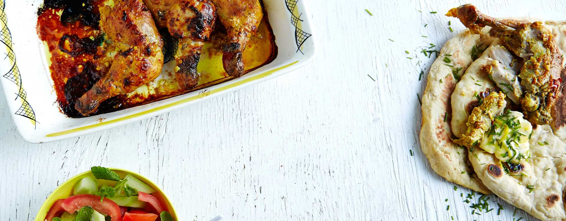 Kyllinglår Tandoori med salat og nanbrød