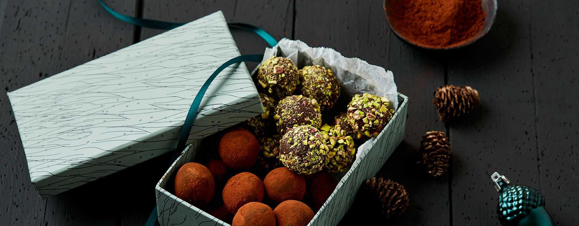 Sjokoladetrøfler med rosmarin og honning