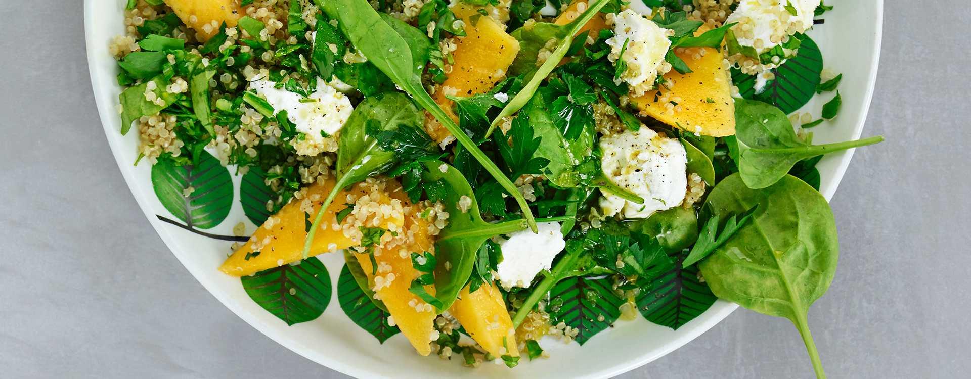 Grønn quinoasalat med spinat og fetaost