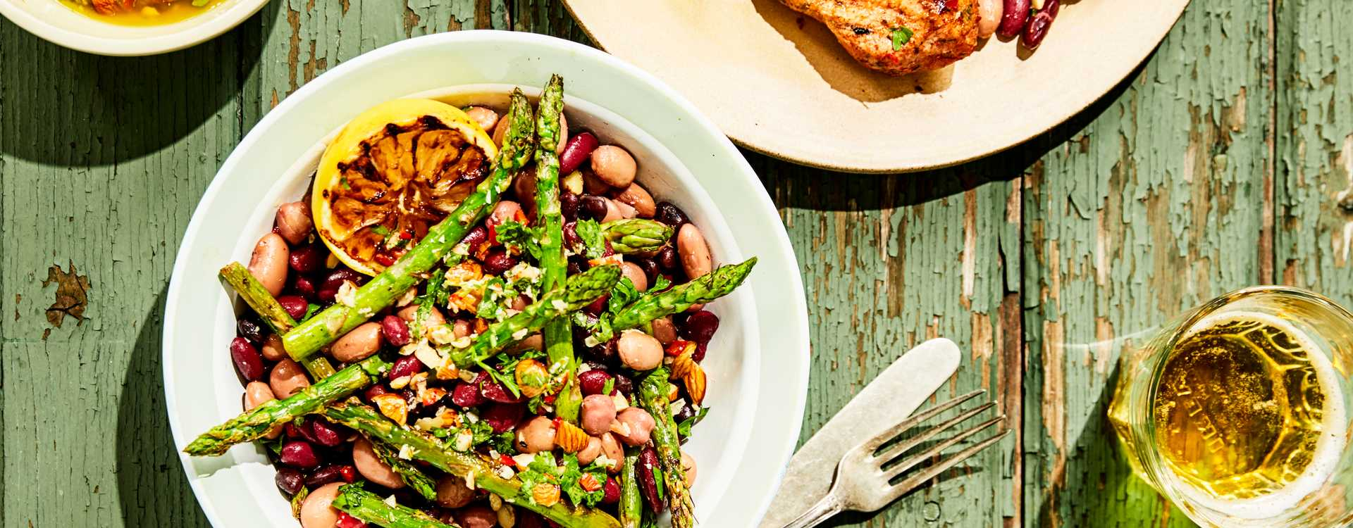 Bønne- og aspargessalat