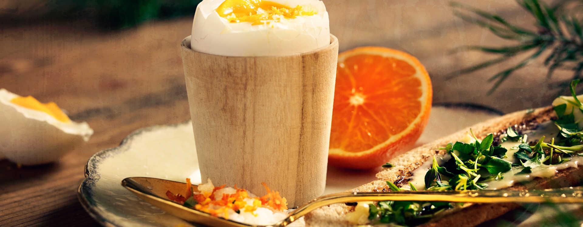 Appelsinegg med sprø toast