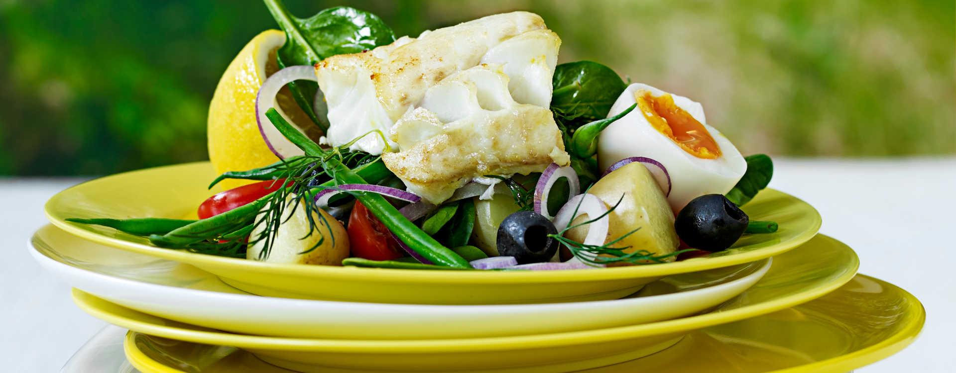 """Torsk """"Nicoise"""" med oliven og sommerpoteter"""