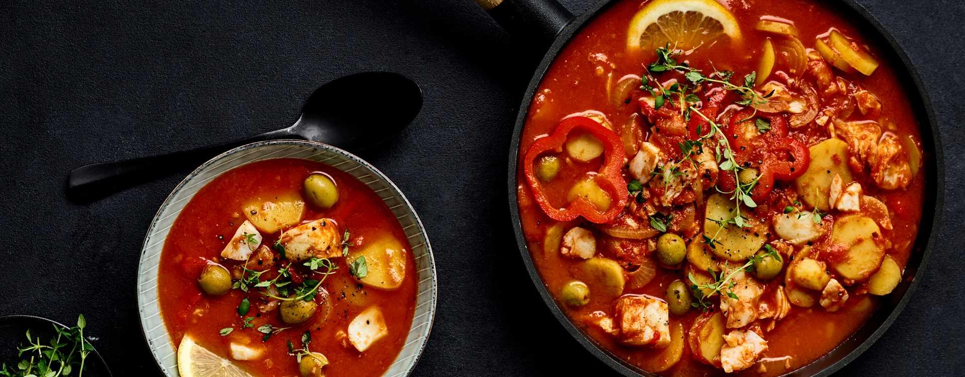 Lettsaltet torsk med tomat og oliven