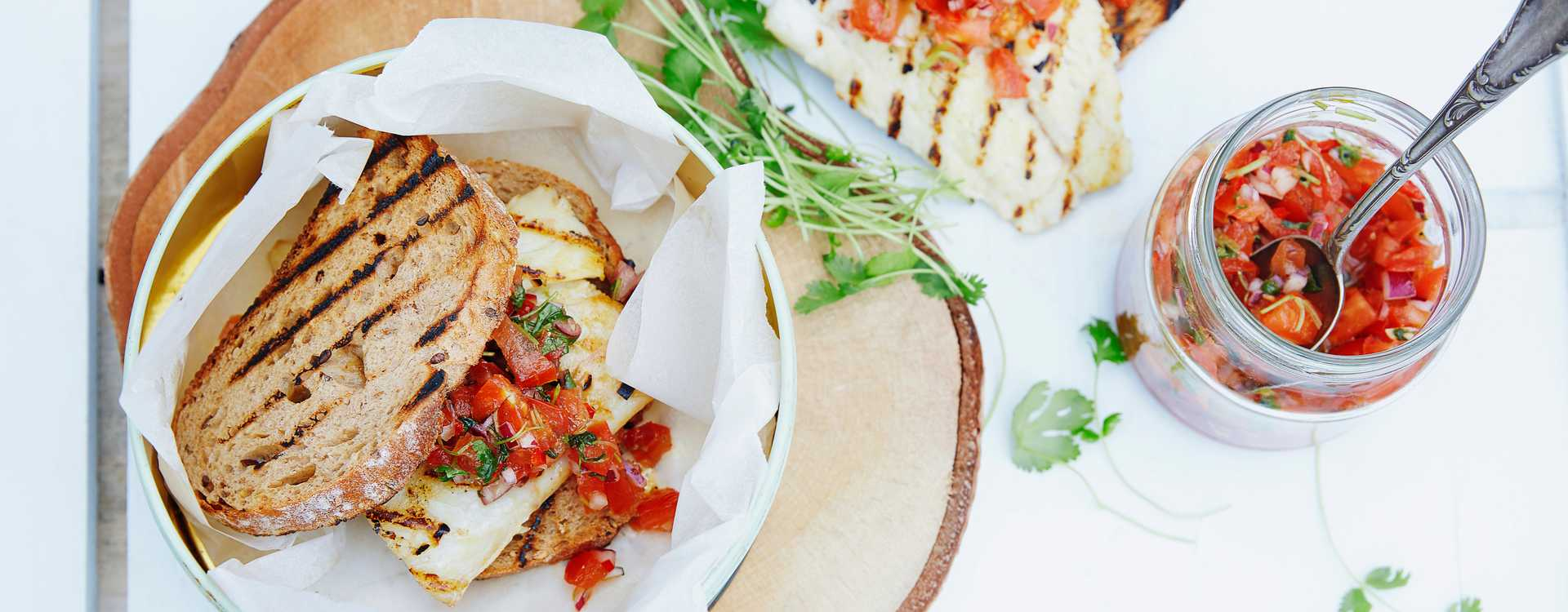 Grillet klippfisk med tomatsalsa