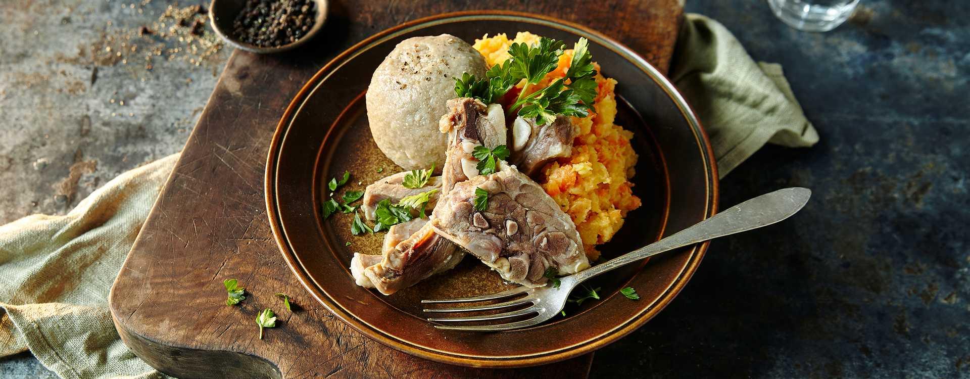 Salt lammekjøtt, komle og kålrotstappe