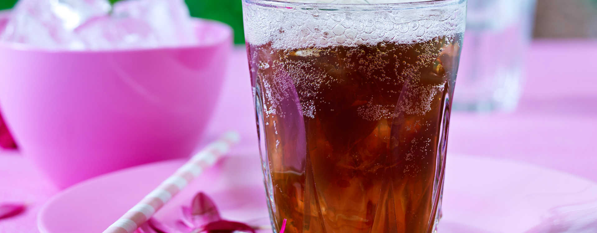 Iskald kaffe-drink med Tonic