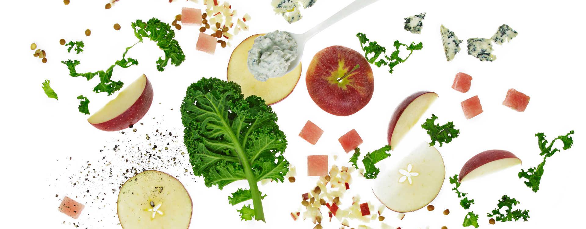 Grønnkålsalat med valnøttdressing