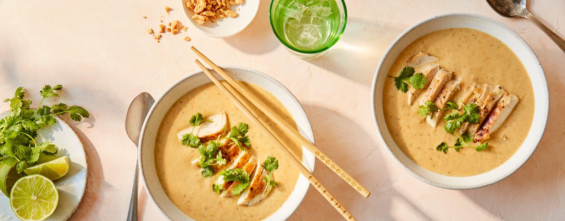 Thaisuppe med kylling og koriander