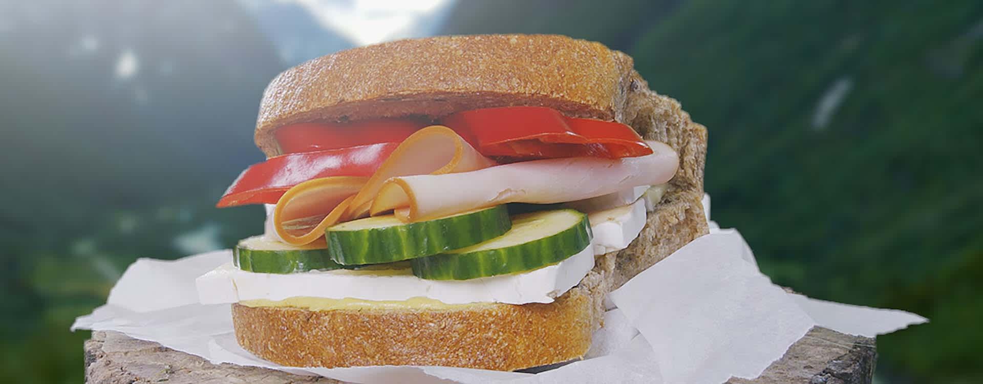 Matpakke til turen: Kalkunpålegg og grønt på Naturlig Sunt Grov
