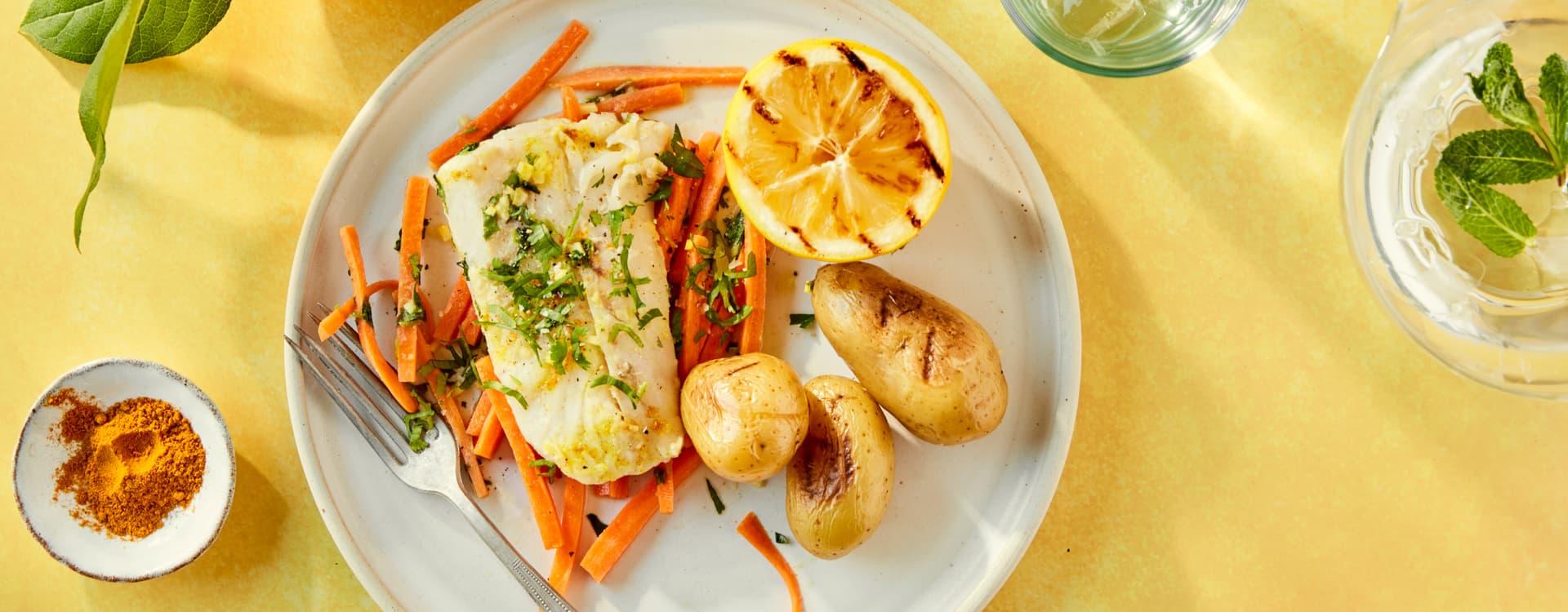 Torsk med gulrøtter, karri og ingefær