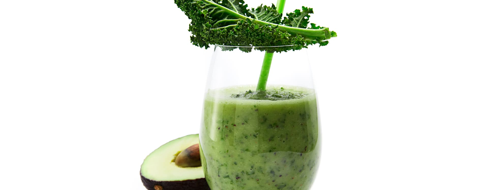 """Grønnkål og """"kiwi-kick"""" med sitron og avokado"""