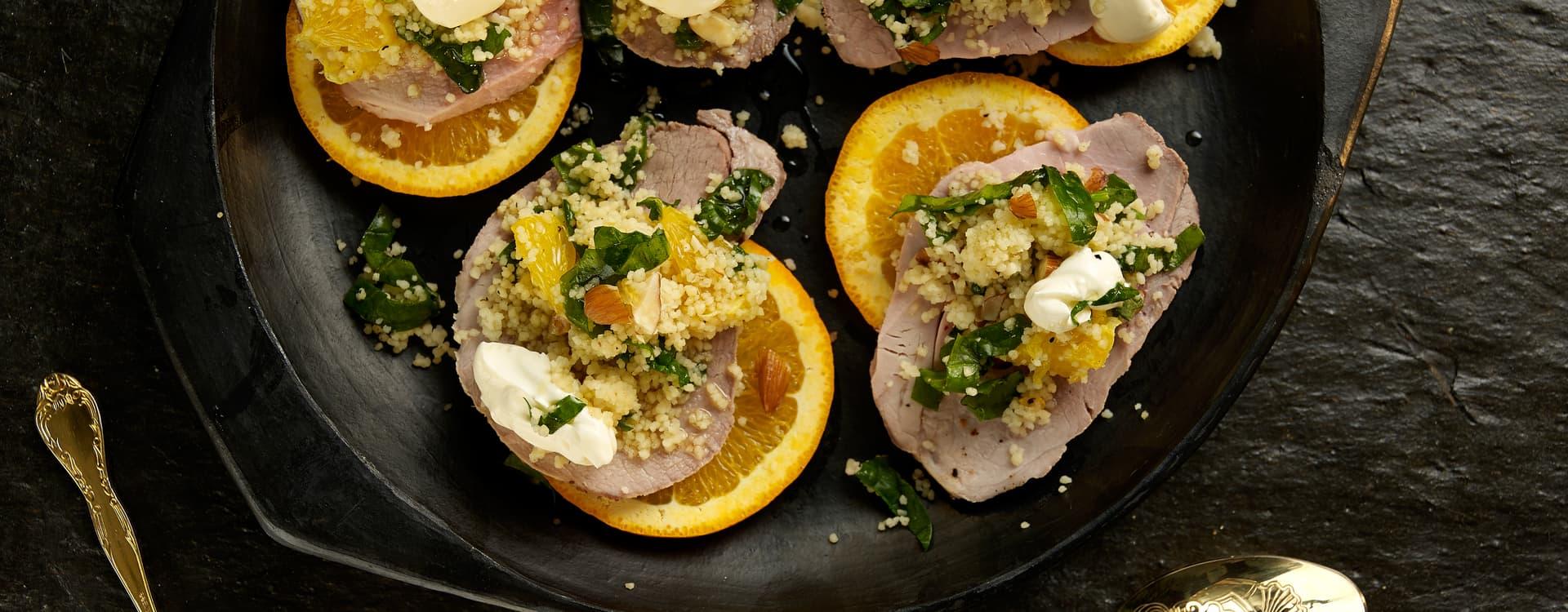 Koselig Jule-couscous med svin & appelsin
