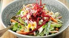 Salat med rødbeter og nøtter