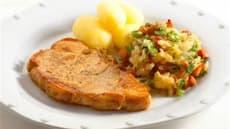 Koteletter med surkål, bacon og persille