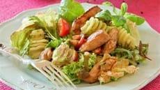 Kylling- og pastasalat med pesto