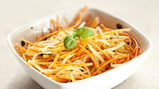 Squash- og gulrotspagetti