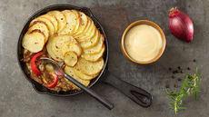 Ovnsbakte biffstrimler og poteter