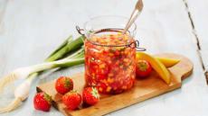 Jordbærsalsa til grillmat