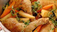 Kyllinglår med rotgrønnsaker i appelsinsaus