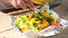 Mangosalsa og grillet laks