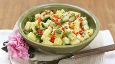 Ananas- og agurksalat