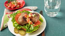 Mettende smørbrød med kjøttkaker