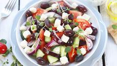 Gresk salat og tzatziki