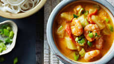 Red curry med scampi og nudler
