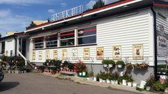 Fasade Nærbutikken Rustad