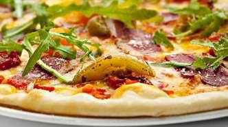 Italiensk pizza med sydlanske urter