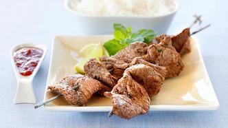 Asiatisk biff på grillspyd