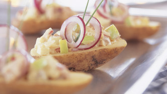 Potetbåt med syltesalat