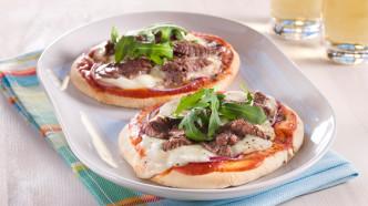 Pitapizza med biffstrimler