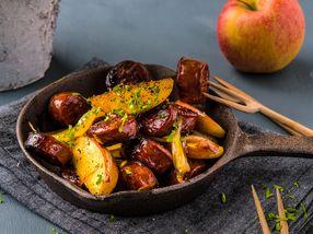Stekt chorizo med løk og epler