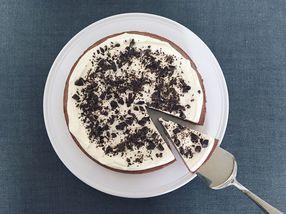 Sjokolademoussekake på nøttebunn