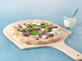 Eltefri pizza med reinsdyrskav, granateple og spinat