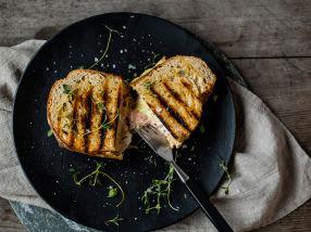 Ostesmørbrød med skinke