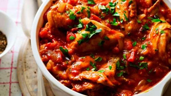 Kyllinggryte med tomat, paprika og fennikel