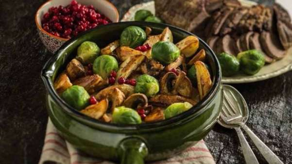 Reinsdyrstek med potet- og grønnsakespanne