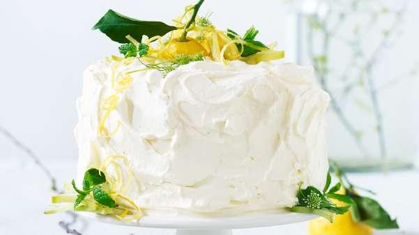 Festkake med lemoncurd og knust ananas