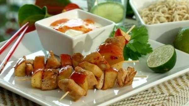 Kyllingspyd med eple og pastasalat