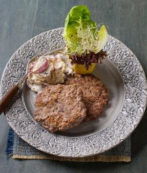 Karbonader med potet og soppsalat