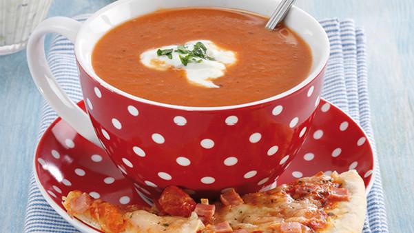 Knallgod tomatsuppe med slice