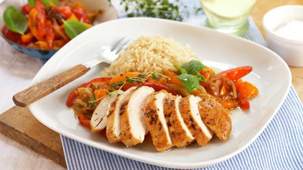 Kyllingfilet med varm paprikasalat
