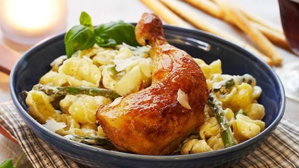 Kyllinglår med kremet pasta
