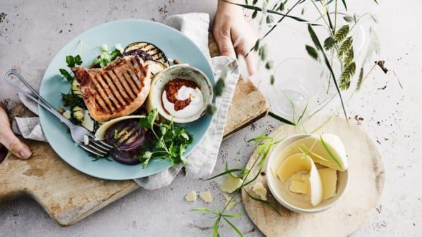 Koteletter med linsesalat
