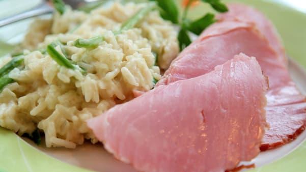 Røkt skinke med rask risotto